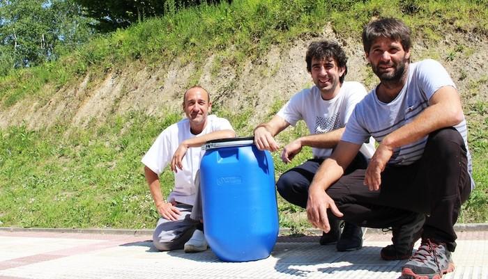 Kurutziagatik baserri batera 100 kilo organiko eramango dute egunero, lurraren ongarri bihurtzeko