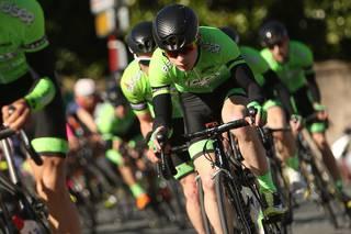 Frantzia, Belgika eta Erresuma Batuko probetan lehiatuko dute Eiser-Hirumet taldeko ziklistek