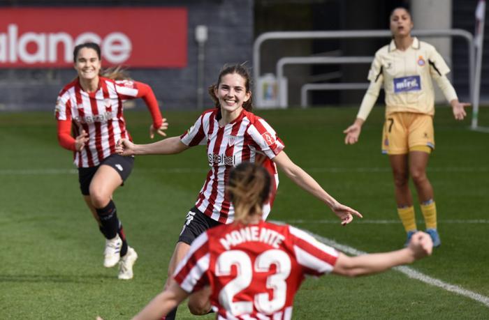 Irene Oguiza gol birekin bueltatu da Athleticen lehenengo taldera, lesionatu zenetik urtebetera