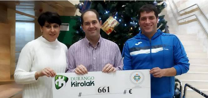 Zumba eta spinbike maratoietan 661 euro batu dituzte SFC-SQM Euskadi Aesec elkartearentzat