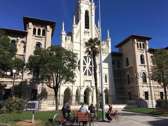 Jesuitek Durangoko ikastetxean duten elkartea itxiko dute ekainean