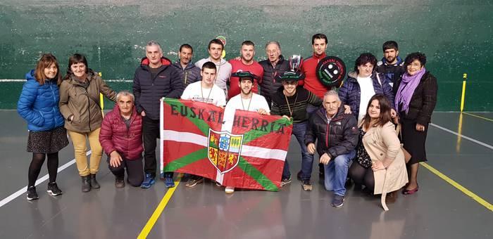 Asier Aspuru buruz buruko txapeldun, Euskal Herriko federazioen arteko torneoan