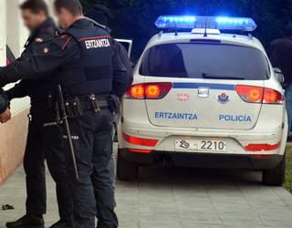 27 urteko gizonezko bat atxilotu dute Berrizen, bikotekidea hiltzen saiatzea leporatuta
