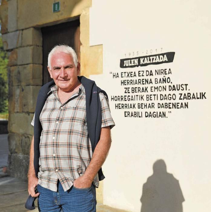 Joseba Sarrionandiaren itzulerak erreakzio katea eragin du sare sozialetan
