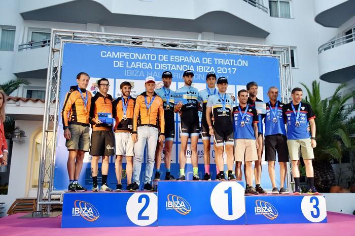 Gorka Bizkarrak Espainiako triatloi txapelketa irabazi du taldeka