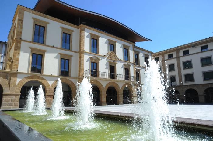 Zornotzako Udalak 1.350.000 euro bideratuko ditu babes sozialera eta ekonomia suspertzera