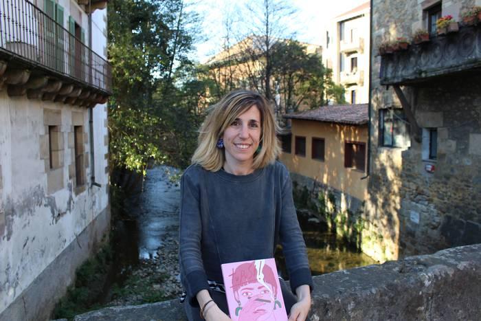 'Tupust!' antologia feministan parte hartu  dute Egurenek, Amurizak eta Eibarrek