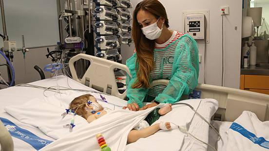 13 urteko mallabiar bati gibeleko transplantea egin diote Katalunian
