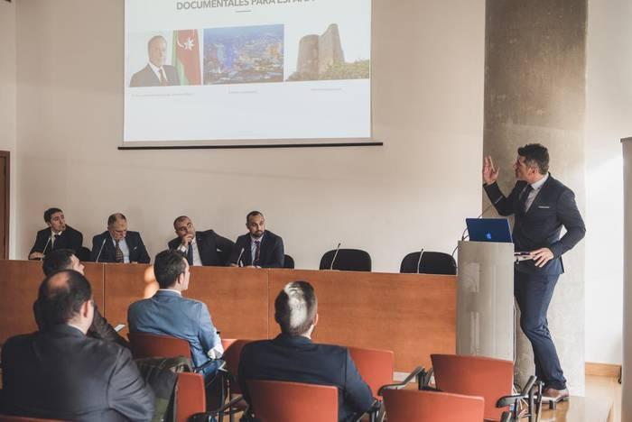 Azerbaijaneko Gobernuak Durangaldeko industrian inbertitzeko asmoa agertu du