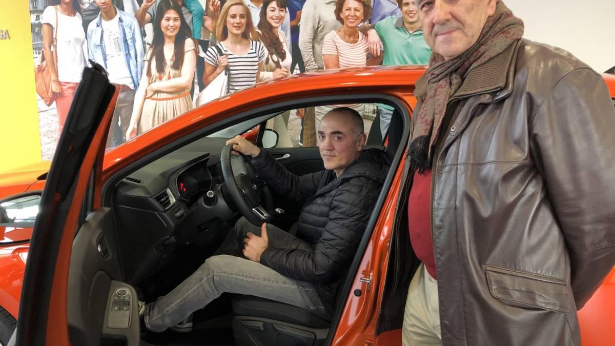 Oscar Crespo iurretarrak irabazi du JAED elkarteak zozkatutako autoa
