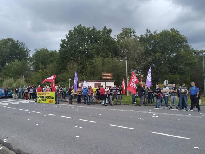 Ordezkari sindikal ohi baten kaleratzea salatu du LAB sindikatuak