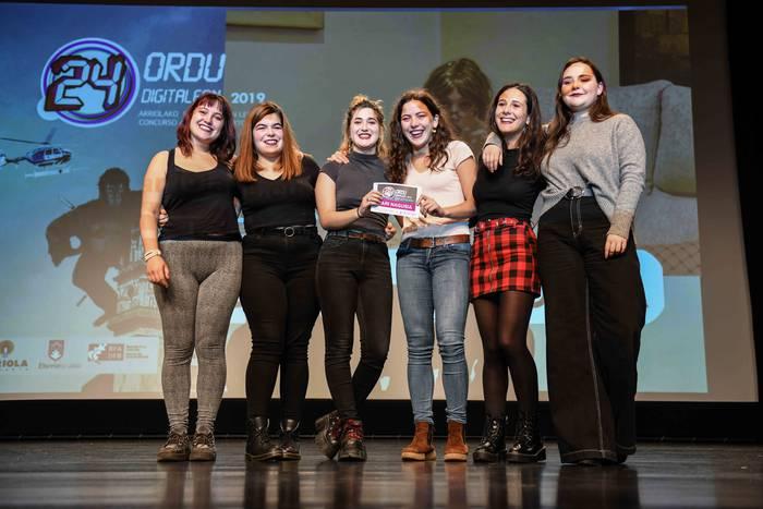 [BIDEOAK + ARGAZKI GALERIA] Atabalak taldearen 'Laif Koutxin'-ek irabazi du 2019ko 24 Ordu Digitalean