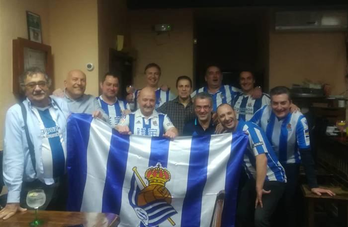 Durangalde Beti Reala, futbol ligako liderrari eskualdetik hauspoa ematen dion lagunartea