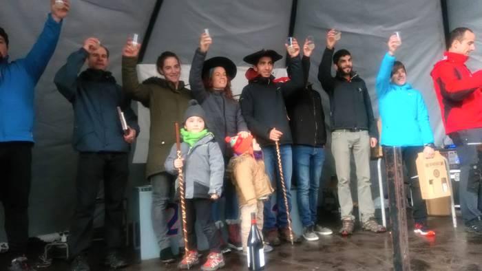 Azkorbebeitiak, Sampedrok eta Salaberriak podiuma egin dute Etxera Trail mendi lasterketan