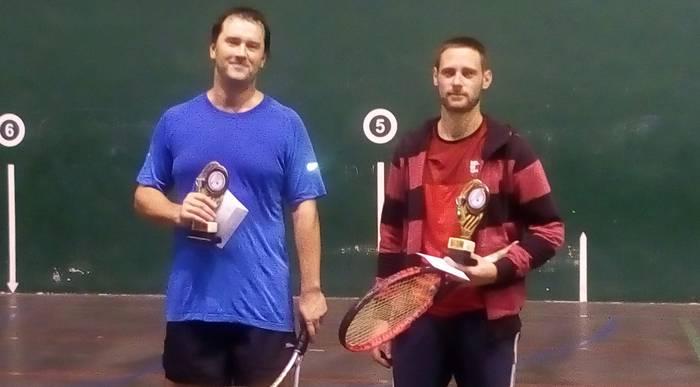 Alex Etxegibel abadiñarrak irabazi du Mallabiko frontenis torneoa