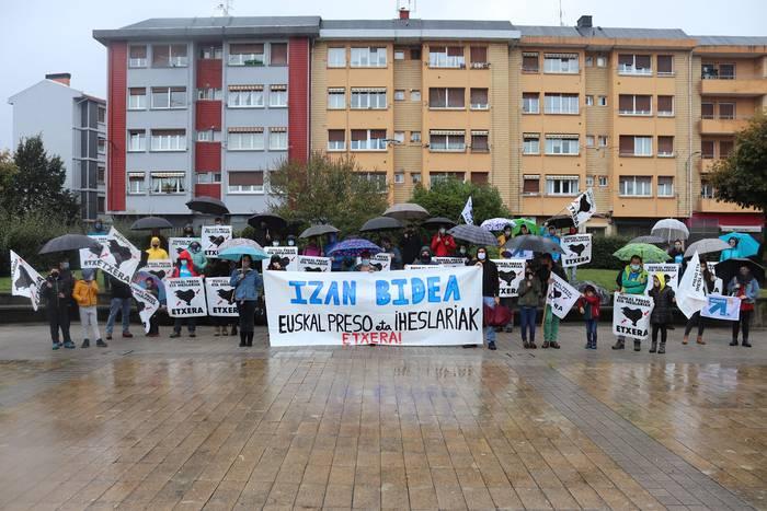 Euskal presoen aldeko bizikleta martxa egingo dute Abadiñon