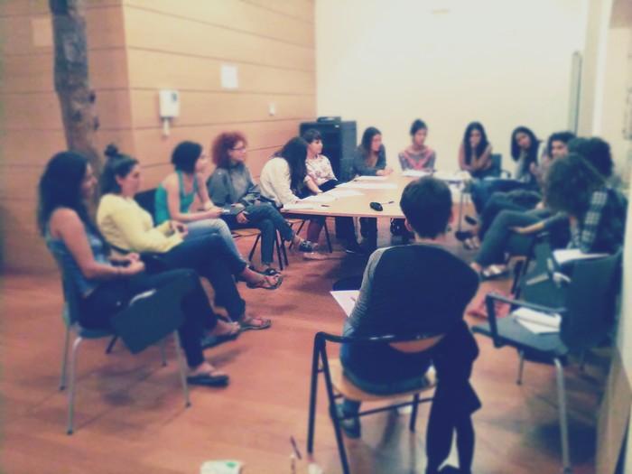 Brigada Feministetan parte hartzeko gonbidapena