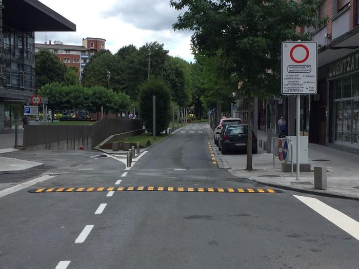 Zornotzako Udalak trafikoa etengo du Gudari kalean asteburuetan eta jaiegunetan