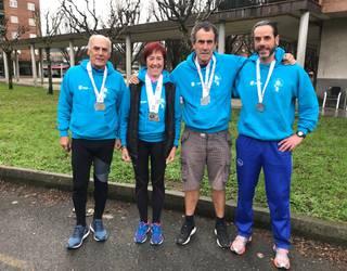 Durangaldeko kirolari beteranoek 7 domina lortu dituzte Euskadiko pista estaliko atletismo txapelketan