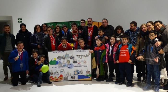 Karmengo Ama ikastetxeko gaztetxoen proiektua saritu dute Euskadiko First Lego txapelketan