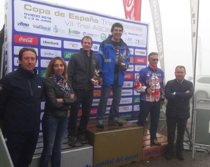 Roberto Mendibilek trial motor klasikoen kopako proba bat irabazi du Oviedon
