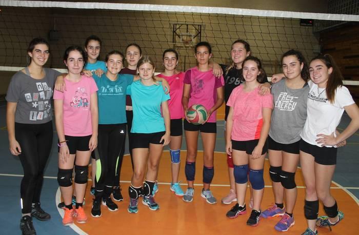 Durangaldeko boleibolaren esperantza Kurutziaga Ikastolako taldea da