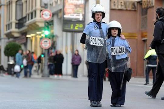 'Las Polis'