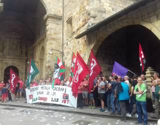 Metalgintzako beharginek protestan diraute, eta eguenean manifestazioa egingo dute Durangon