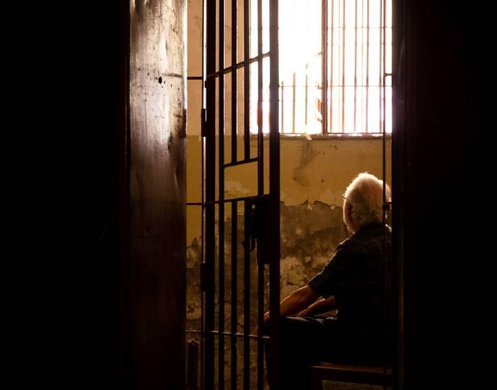 Zamorako kartzelan preso egondako apaizen testigantzekin egindako dokumentala Irudienean erakutsiko dute, zapatuan