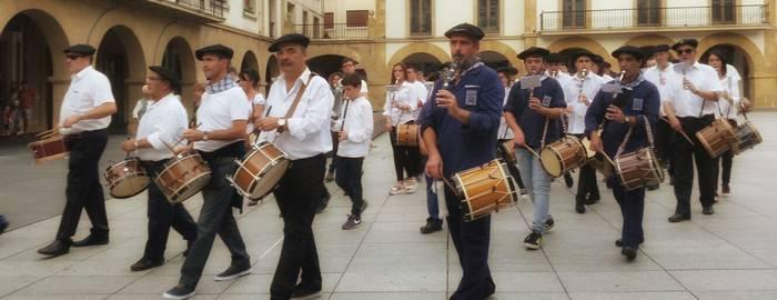 Zornotzako Txistu Egunak Euskal Herriko zazpi talde batuko ditu zapatuan