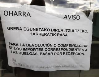 Greba egunetako dirua itzuliko diela jakinarazi die Emtesport enpresak Abadiñoko erabiltzaileei