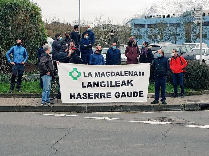 Abadiñoko La Magdalena enpresan eta Zornotzako Plastibor enpresan mobilizazioak egiten dabiltza