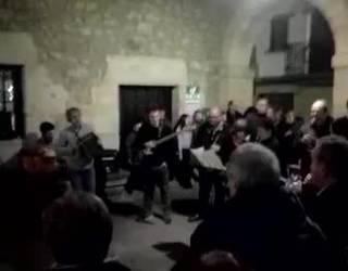 [BIDEOA] '564' kantua abestu dute otxandiarrek, Josu Zabala musikaria lagun