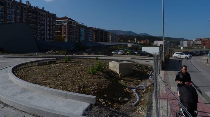Estazioko lurretan 'Martxoaren 31 parkea' deituriko berdegunea egitea proposatu du Durangoko EH Bilduk