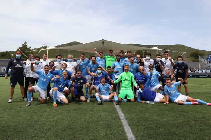 Ekain Zenitagoia durangarraren golari esker Bigarren Mailara igo da Ibiza futbol taldea
