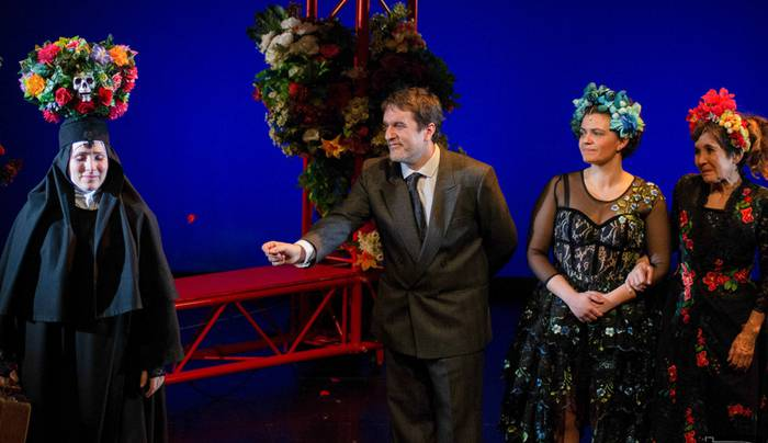 Sor Juana Ines de la Cruz protagonista duen obra, Arriolan
