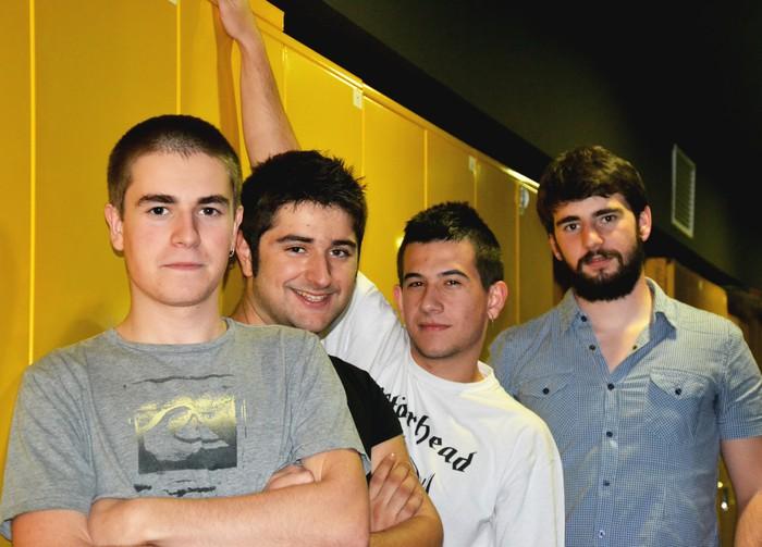 70eko hamarkadako kanten bertsioak joko dituzte Durangaldeko taldeek, Plateruenean