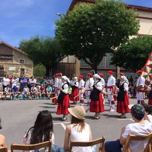 San Trokaz eguna ospatzen dabiltza Abadiñon