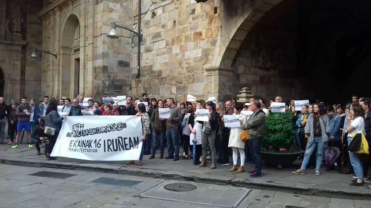 Altsasuko gazteen auzia salatzeko manifestazio jendetsuak egin dituzte Durangon eta Zaldibarren