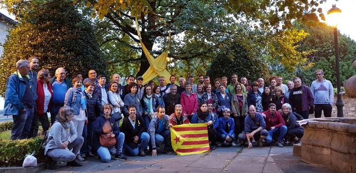 Kataluniako erreferendumaren urtemugan elkartasun keinuak izan dira Durangaldean