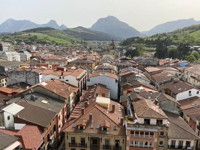 """Durangoko ekonomia turismoaren bidez """"suspertzeko"""" proposamena aurkeztu dio EAJk Udalari"""