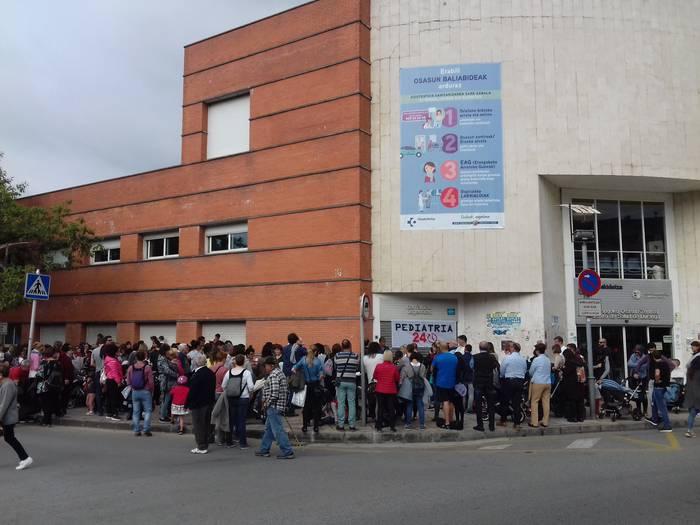 Durangoko pediatria zerbitzua 20:00ak arte luzatzea proposatu du EAJk, Pediatria 24H plataformaren mozioaren harira