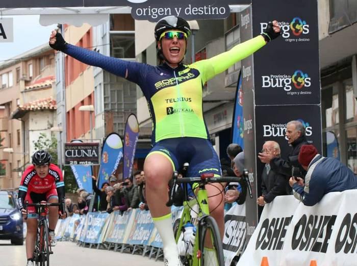 Ziortza Isasik Burgoseko Itzuliko lehenengo etapa irabazi du