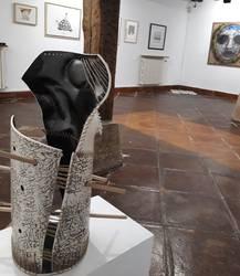 Hamasei obra, Durangaldeko hamasei emakumeren mundua erakusteko